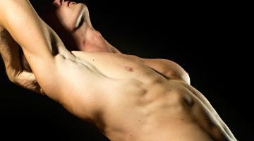 Gli escort maschi prendono il Viagra per mantenere erezioni dure con una cliente poco attraente?